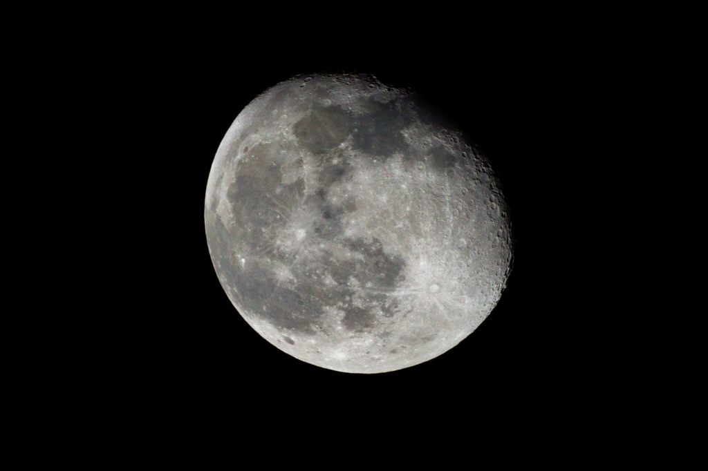 2021-03-01_22-47-59-Mond Tamron SP 500mm F8 Mirror-EOS R6.jpg